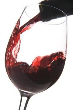 Vinul rosu combate inflamatiile