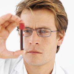 Hormonii iti dau de gol predispozitia spre cancer